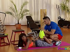 Sporty ebony enjoys foreplay with gym coach
