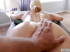 Step son is using his titanic tool fucking India Summer'_s aged vagina so good!