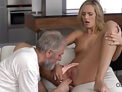 OLD4K. New morning starts be useful to blonde and her old spouse with sex