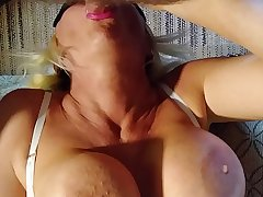 GREATEST UPSIDE DOWN BLOWJOB OF ALL TIME. BLONDE BANDItt PERFECT HUGE TITS  BIG HARD NIPPLES  SHE SUCKS A Bushwa UPSIDE DOWN UNTIL SHE GETS SO WET THEN IS TURNED OVER .SEE PART 2more orgasms @manyvids.com search blonde banditt